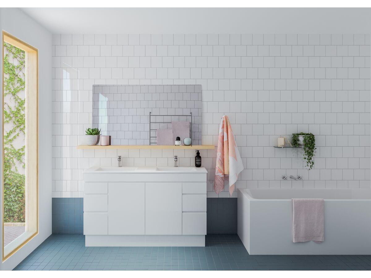 Showerama / Posh / Kado / Mizu Bathroom Setting
