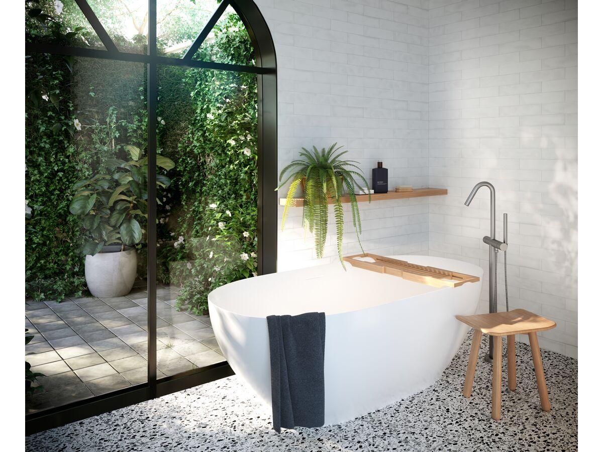 Kado Lussi Freestanding Bath, Kado Arc Stool, Bath Rack
