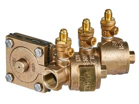 Wilkins Backflow Reduced Pressure Zone with Ball Valve 15mm Y Strainer