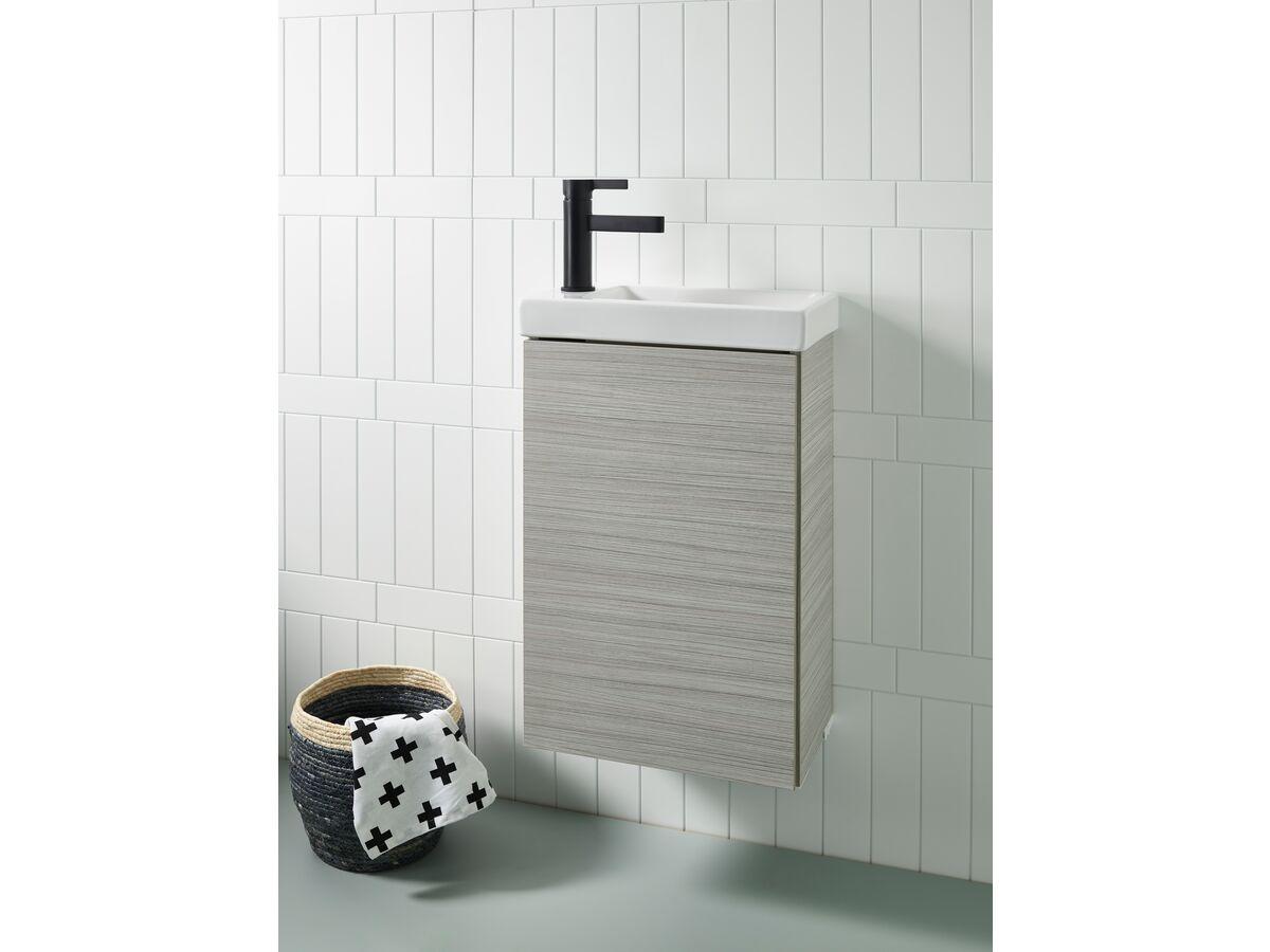 Posh / Mizu Bathroom Setting